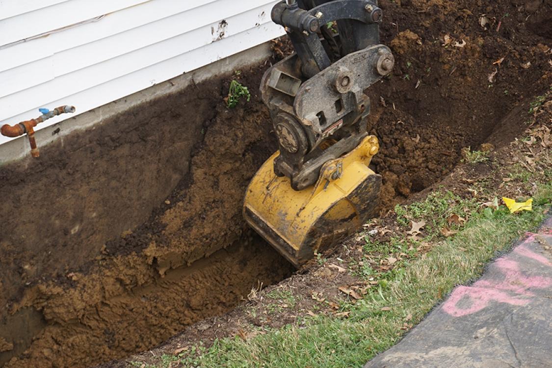 carefully excavating foundation Orr construction